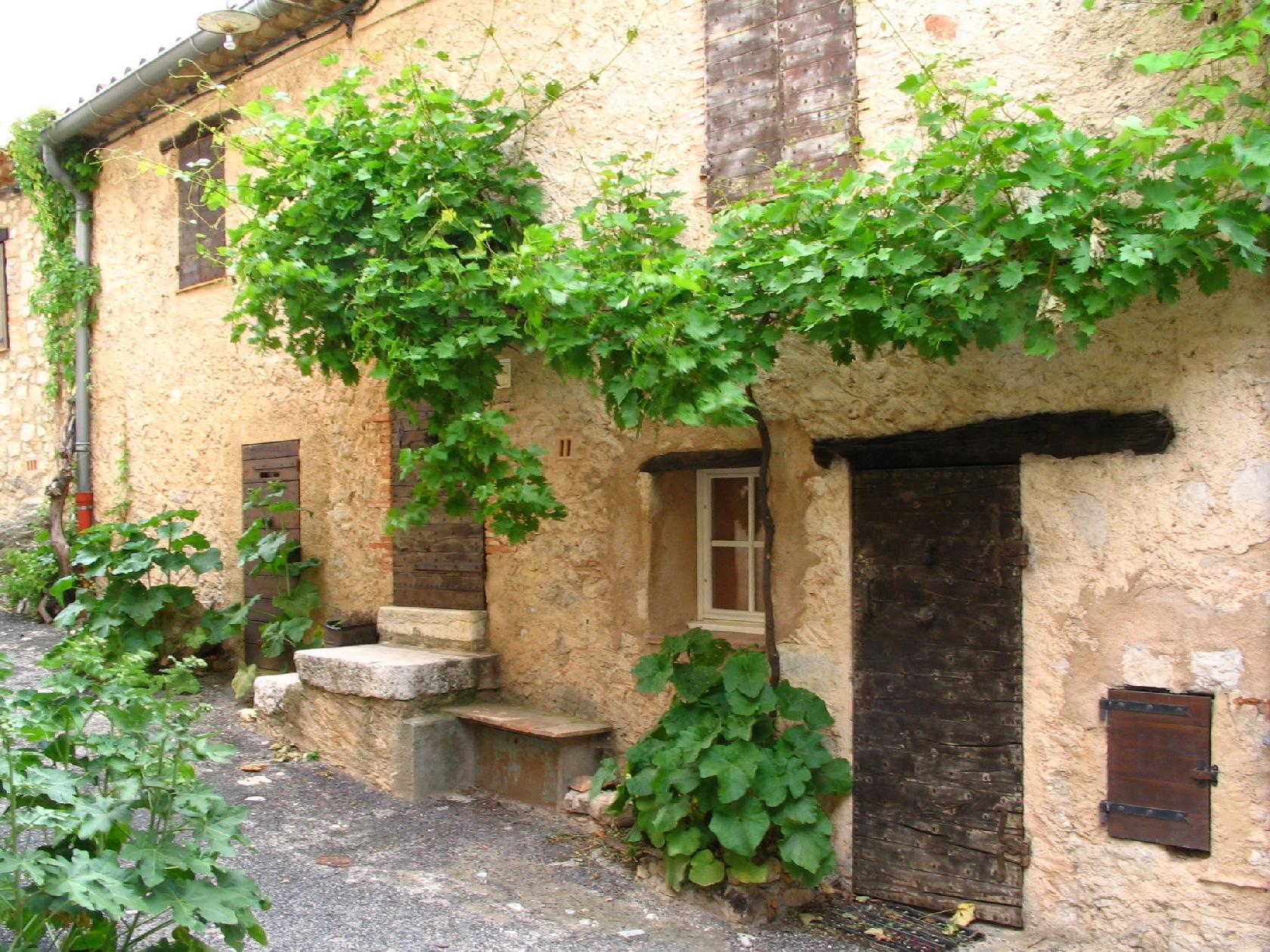 village abandonné dans le var
