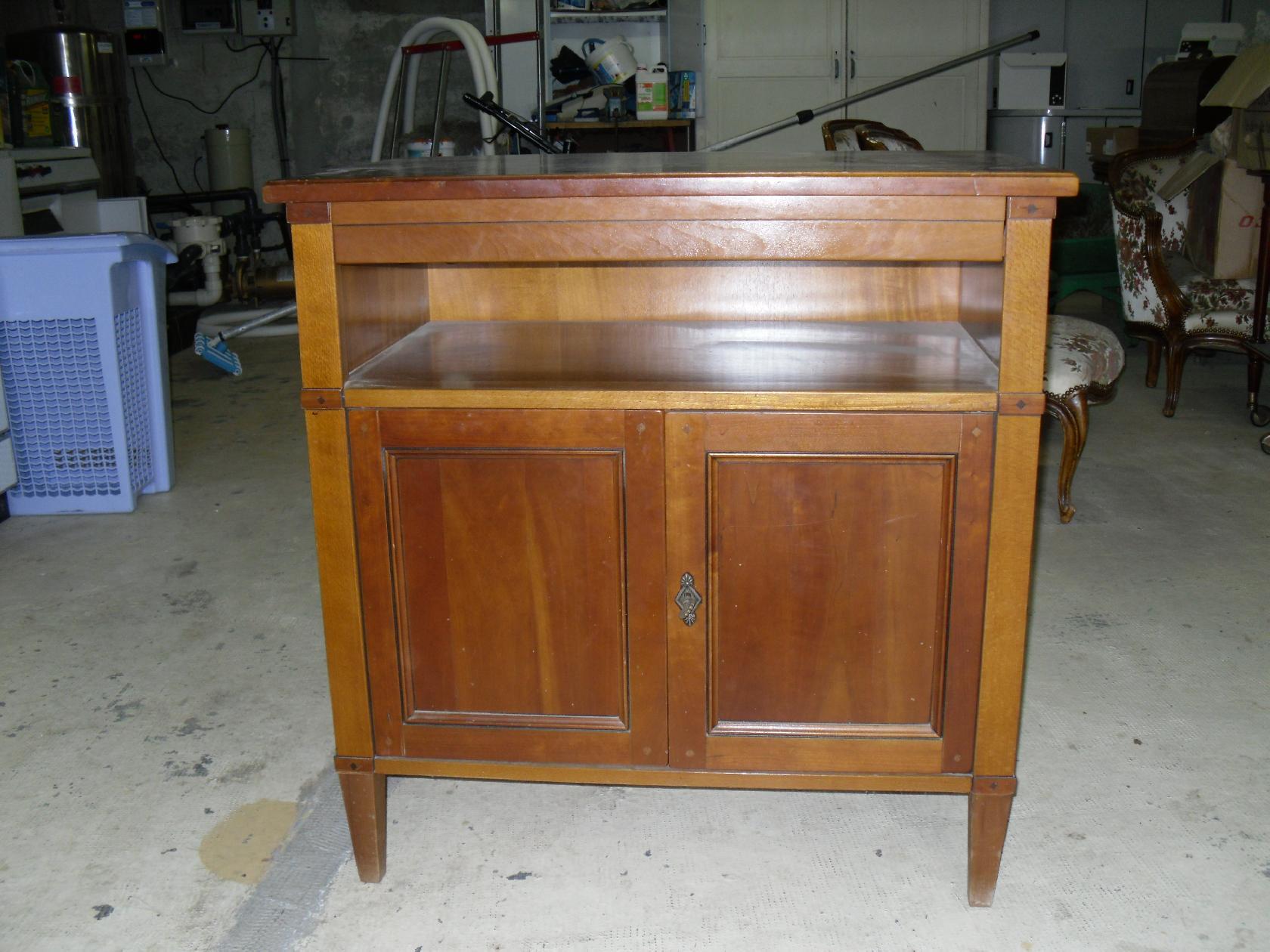 meuble t l. Black Bedroom Furniture Sets. Home Design Ideas