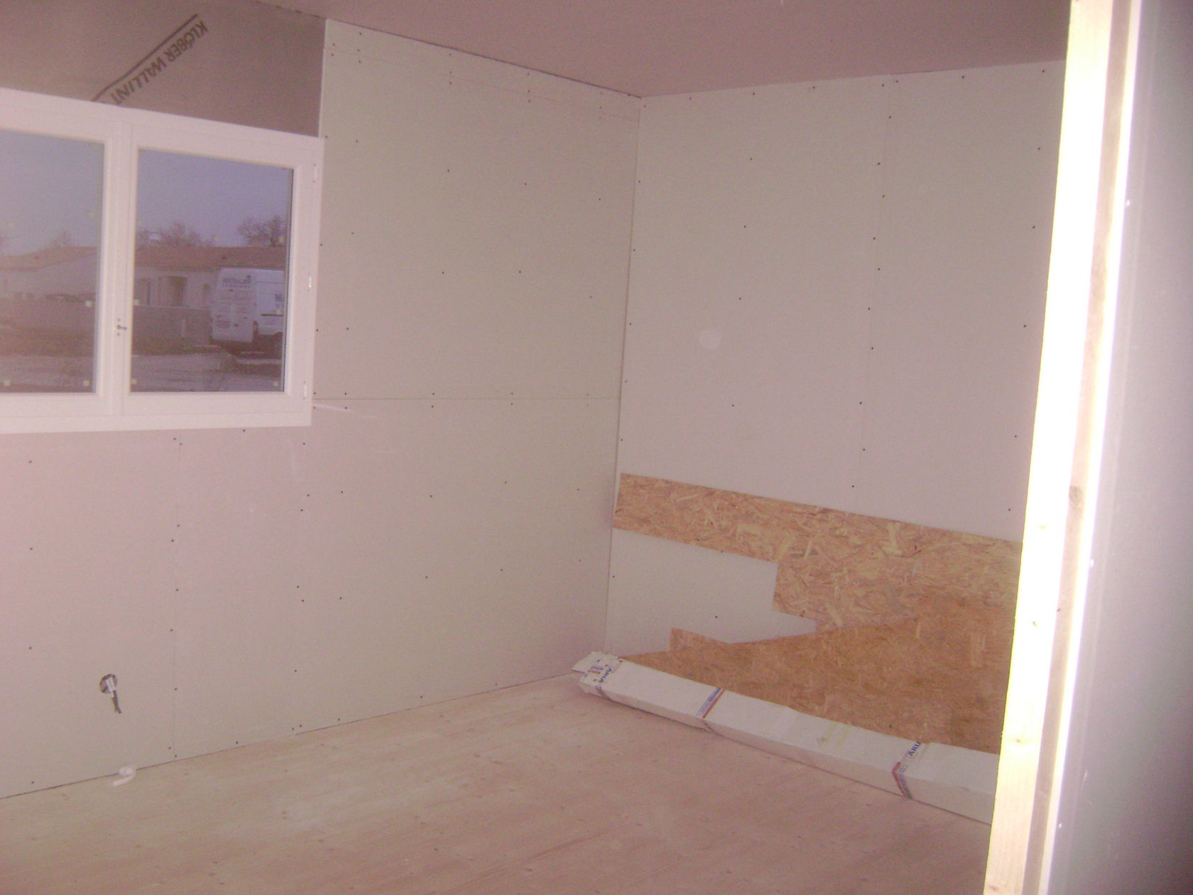 pose placo et cloison. Black Bedroom Furniture Sets. Home Design Ideas