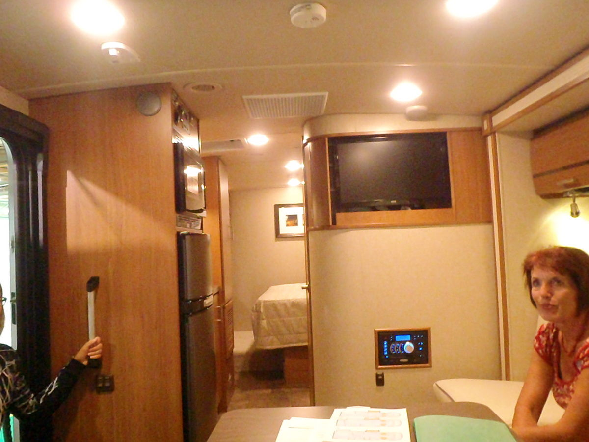 salon du camping car paris. Black Bedroom Furniture Sets. Home Design Ideas