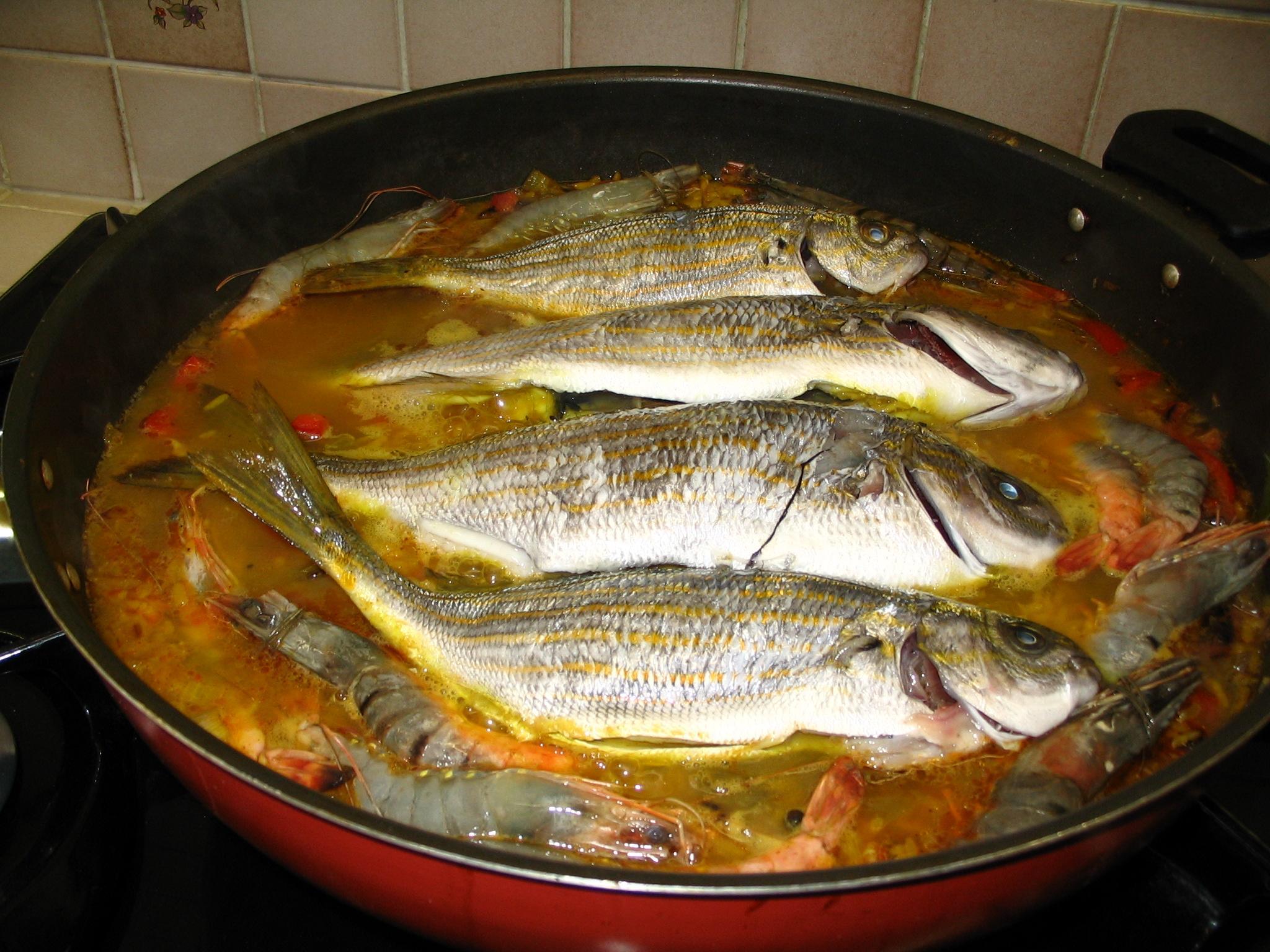 Riz aux poissons hallucinog nes la cachina for Poisson les plus cuisiner